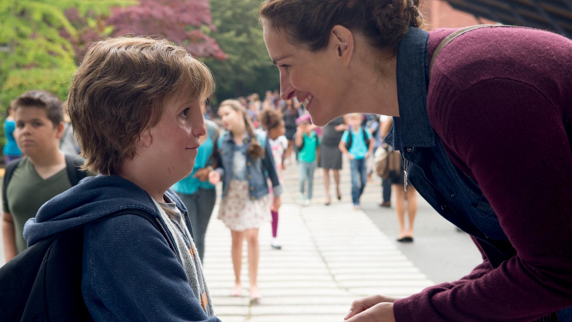 Wonder Author R J Palacio On The Feel Good Film Of 2017 Mother Jones